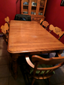Table , chairs, hutch need gone asap make an offer!!