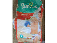 Pampers Easy-Up Pull-Ups Size 5