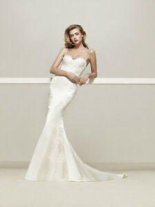 Pronovias Drens Wedding Dress  -  Size 4, Ivory