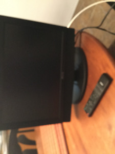 """19"""" aveis LCD TV with dvd"""
