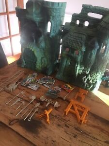 Vintage he-man masters of the universe Castle Grey skull