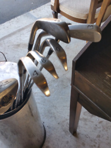 Men's Right - Handed Irons