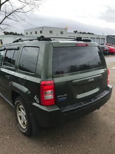 2007 JEEP PATRIOT 4/4 AUTO-EXCELLENT CONDITION.
