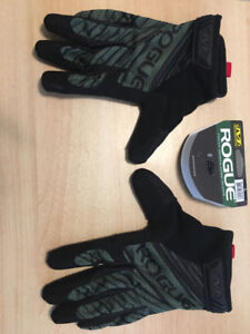 Rogue Fitness Weightlifting gloves size large- new