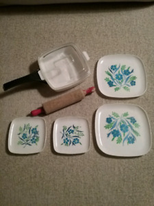 1960's Toy Dishes