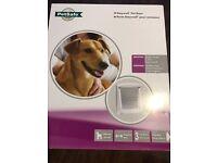 Dog flap / Pet door