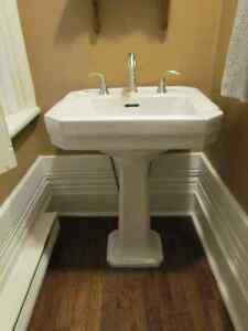 Antique Pedestal Sink London Ontario image 2