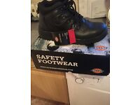Dickies safety boots size 8