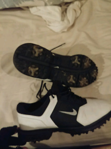 Nike golf shoes Size 8 is way to small but the shoes are good