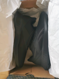 Reebok lite running shoes size 6 black
