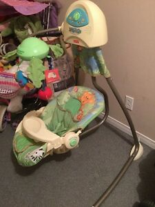 Balancoire FIsher Price swing for baby