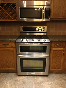 Kitchen aid gas range and over stove microwave stainless steel