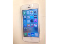 iPhone 5, 64 GiG White & Silver Voda Only