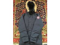 Canada Goose Men's Chateau Down Filled Parka - Navy - Medium