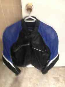 GREAT DEAL! Joe Rocket leather motorcycle jacket with armour