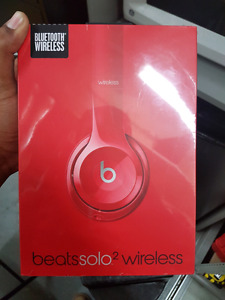 Beats solo2 wireless brand new factory sealed