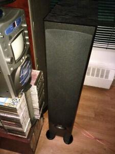 4 haut parleurs lancaster haute gamme.