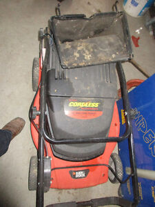 Used PROJECT Lawn Mowers 60.00 and Up