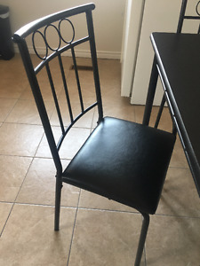 KITCHEN TABLE AND CHAIRS FOR SALE