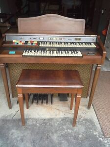 piano Hammond et banc