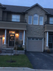Executive Townhouse in Waterdown