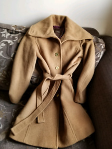 Coach size xs coat fits small as well