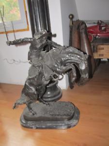 Sculpture en bronze de F Remington (Bronco Buster)