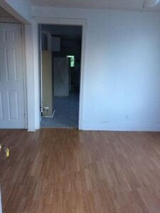 big 1 bedroom apartment available for immediate occupancy