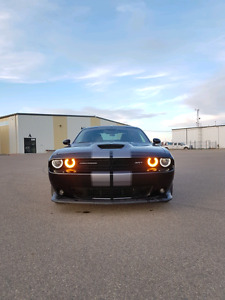 2015 Dodge Challenger Srt 392 Coupe (2 door)
