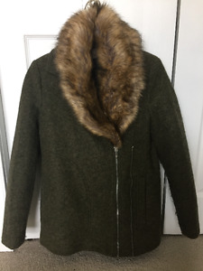 ZARA Green Coat with Faux Fur Trim - Excellent Condition