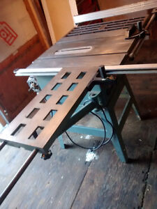 Professional table saw