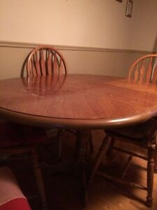 Solid real wooden table with removable leaf