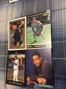 4 Assorted Rookie Cards - Ramirez, Sanchez, Huff & Azocar 5$