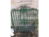 Pair of gates, free. To collect