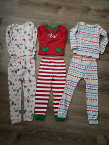 HOLIDAY PJS SIZE 4/5