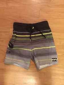 boys Billabong size 5/medium swim trunks
