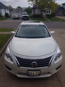 2015 Nissan Altima 2.5SV Sedan LOW Kilometers