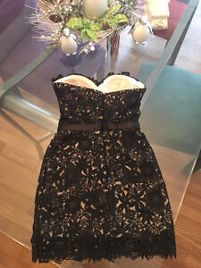 Semi Formal/Prom Dress only worn once for 4 hours London Ontario image 2