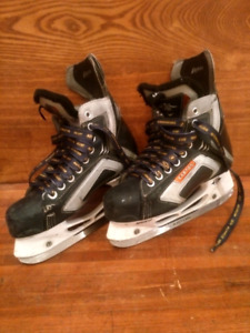 Size 5 Easton Skates