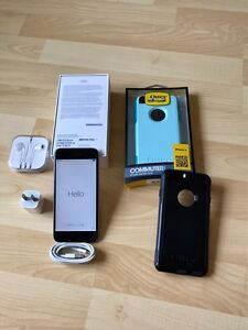 iPhone 6  64gb With Applecare & Extras