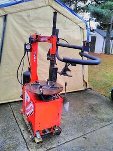 JOHN BEAN  SNAP ON RUN FLAT TIRE CHANGER WITH TILT HEAD & AIR Windsor Region Ontario image 10