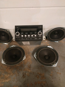 Honda Element stereo and speakers