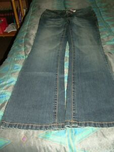 Woman's Jeans Stratford Kitchener Area image 9