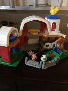 *** Fisher Price Little People Animal Farm ***