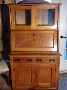Antique Oak Writing Desk with Hutch