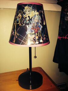 Monster High - Twin Bedding, Lamp, Curtains Peterborough Peterborough Area image 3