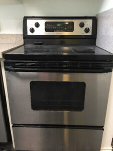Whirlpool Gold Stainless Steel Electric Range