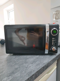 Wilko's Microwave