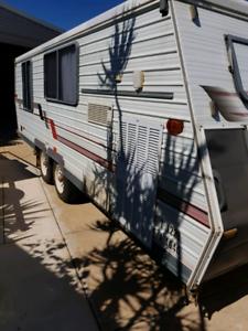 Coromal Seka Caravan