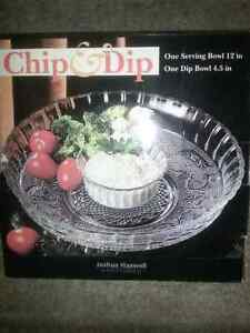 Chip and dip serving bowl.